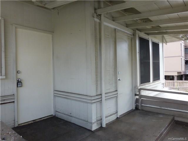 Photo of home for sale at 2721 Kapiolani Boulevard, Honolulu HI