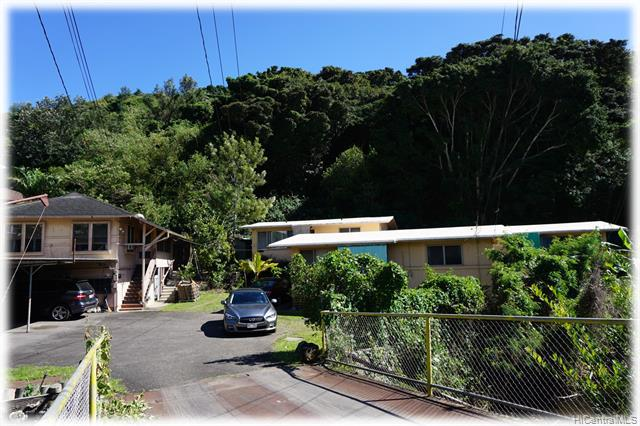 Photo of home for sale at 2433 Pauoa Road, Honolulu HI