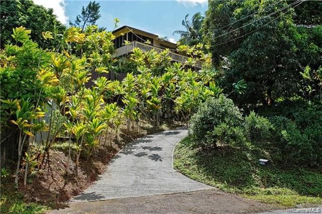Photo of home for sale at 45-622 Keaahala Road, Kaneohe HI