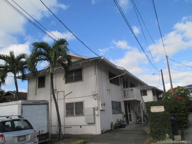 Photo of home for sale at 918 Hausten Street, Honolulu HI