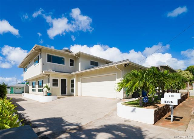 Photo of home for sale at 630 10th Avenue, Honolulu HI