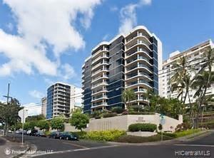 Photo of home for sale at 1015 Wilder Avenue, Honolulu HI