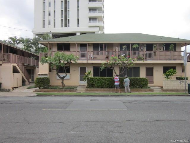 Photo of home for sale at 2266 Citron Street, Honolulu HI