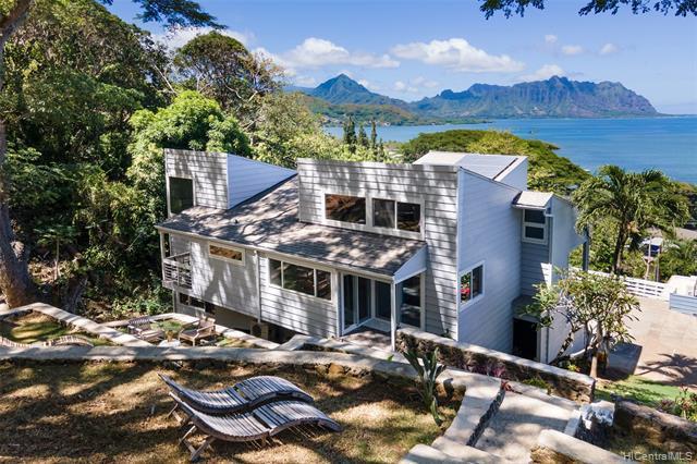 Photo of home for sale at 47-386B Lulani Street, Kaneohe HI