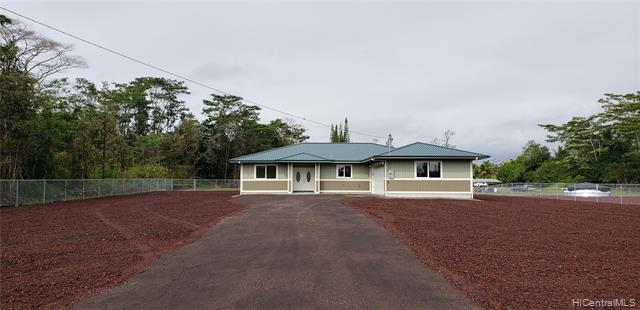 Photo of home for sale at 15-1648 30th Avenue, Keaau HI