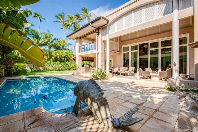 Photo of home for sale at 233 Portlock Road, Honolulu HI