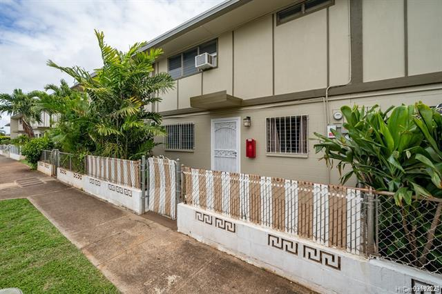 Photo of home for sale at 91-656 Kilaha Street, Ewa Beach HI