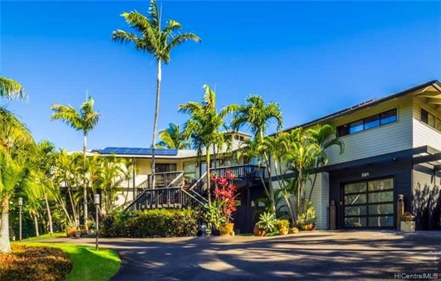 Photo of home for sale at 581 Stable Road, Paia HI