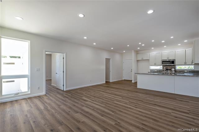 Photo of home for sale at 847A 9th Avenue, Honolulu HI