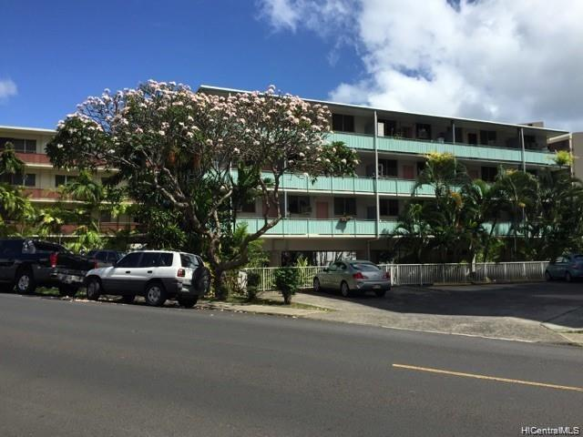 Photo of home for sale at 1471 Thurston Avenue, Honolulu HI