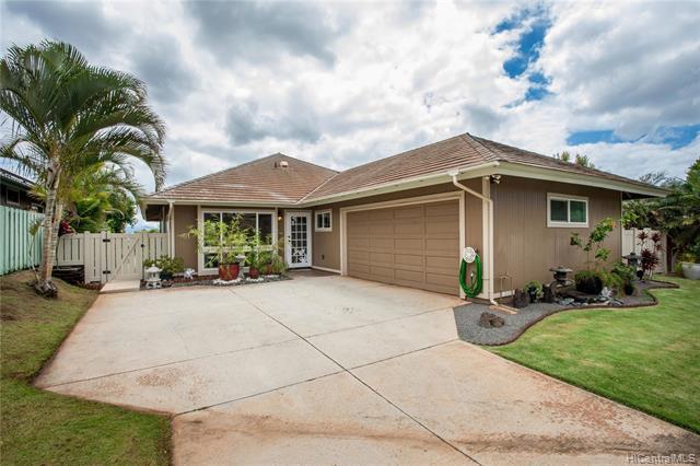 Photo of home for sale at 92-1331 Pueonani Street, Kapolei HI