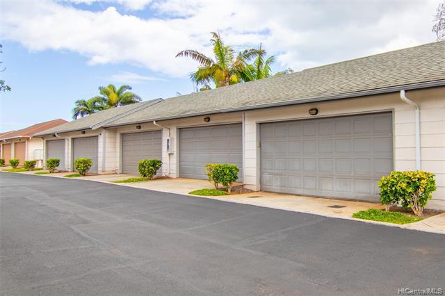 Photo of home for sale at 91-1061 Kaileolea Drive, Ewa Beach HI
