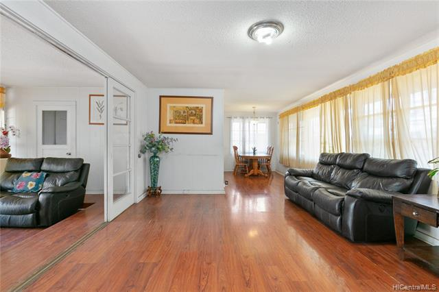 Photo of home for sale at 85-124 Farrington Highway, Waianae HI