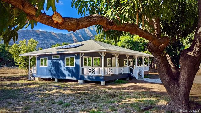 Photo of home for sale at 85-574 Waianae Valley Road, Waianae HI