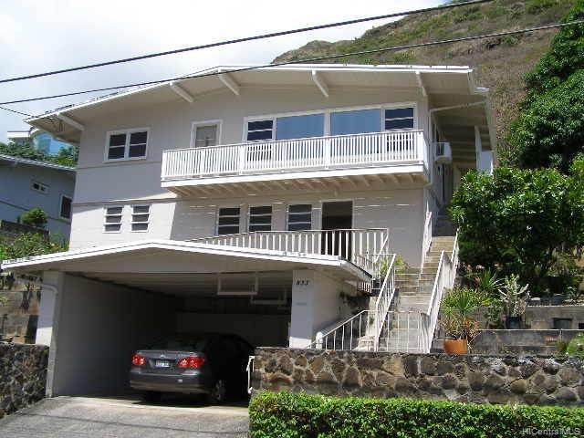 Photo of home for sale at 833 Kainoa Place, Honolulu HI