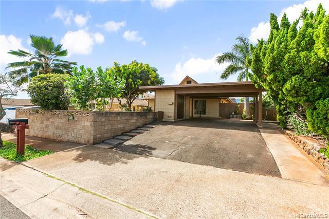 Photo of home for sale at 94-457 Kauopua Street, Mililani HI