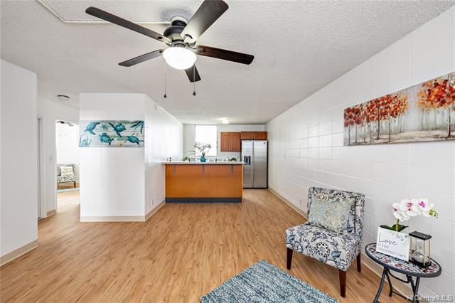 Photo of home for sale at 94-049 Waipahu Street, Waipahu HI