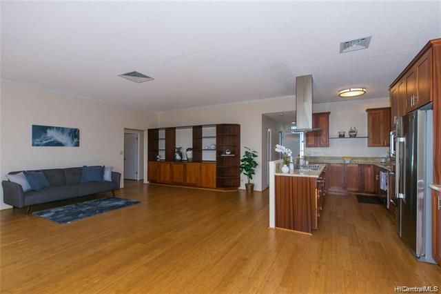 Photo of home for sale at 1333 Heulu Street, Honolulu HI