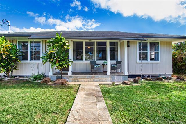 Photo of home for sale at 931 Kealaolu Avenue, Honolulu HI