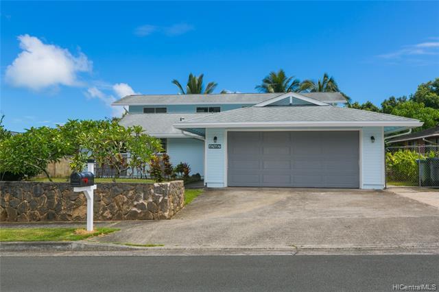 Photo of home for sale at 47-687 Wailehua Place, Kaneohe HI