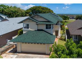 Property for sale at 94-1025 Kanawao Street, Waipahu,  Hawaii 96797