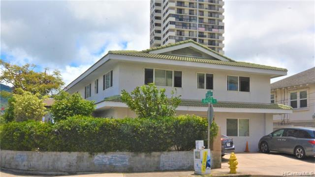 Photo of home for sale at 2204 Date Street, Honolulu HI