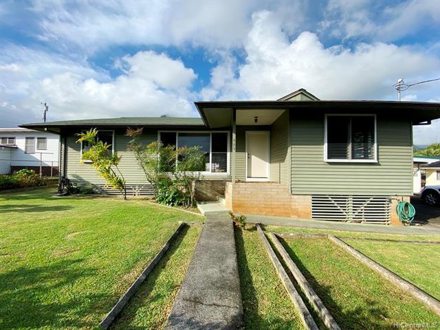 Photo of home for sale at 45-583A Paleka Road, Kaneohe HI