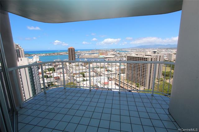Photo of home for sale at 1212 Nuuanu Avenue, Honolulu HI