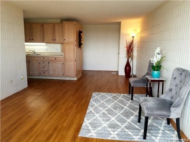 Photo of home for sale at 3215 Ala Ilima Street, Honolulu HI