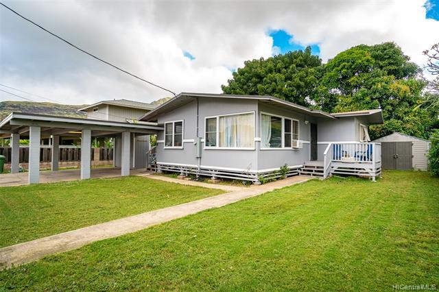 Photo of home for sale at 85-942 Imipono Street, Waianae HI