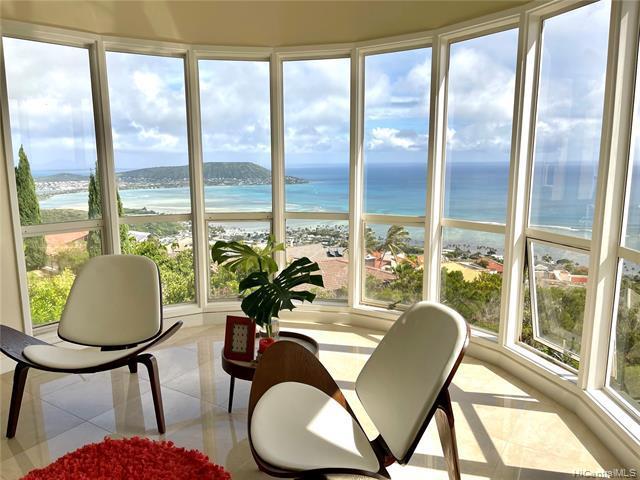Photo of home for sale at 880 Moaniala Street, Honolulu HI