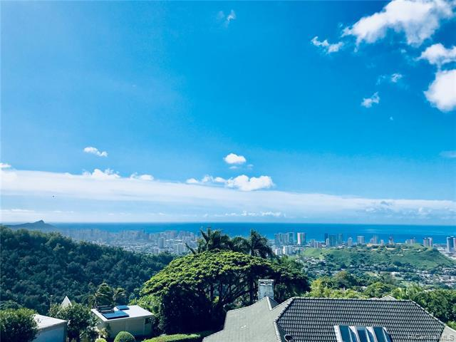 Photo of home for sale at 3290 Pacific Hts Road, Honolulu HI