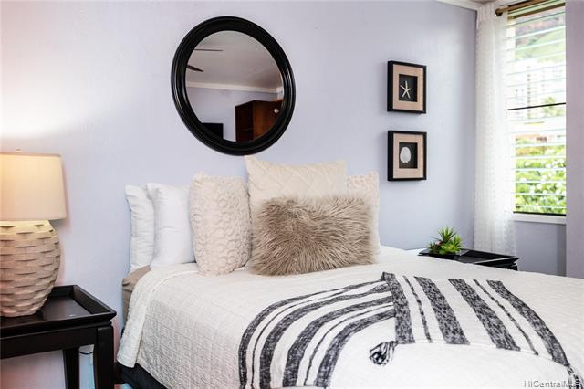 Photo of home for sale at 84-757 Kiana Place, Waianae HI