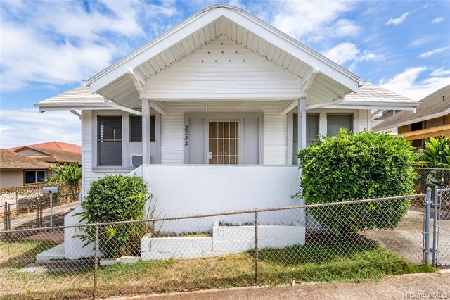 Photo of home for sale at 3252 Esther Street, Honolulu HI