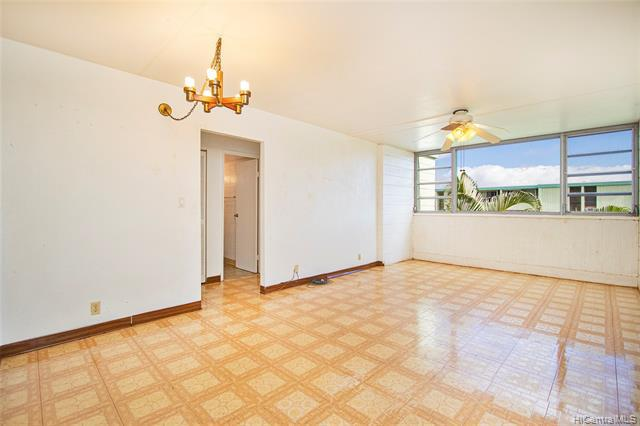 Photo of home for sale at 1016 Ehoeho Avenue, Wahiawa HI