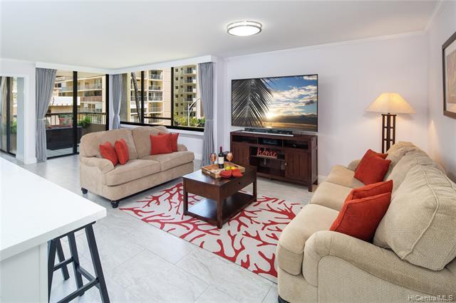 Photo of home for sale at 2215 Aloha Drive, Honolulu HI