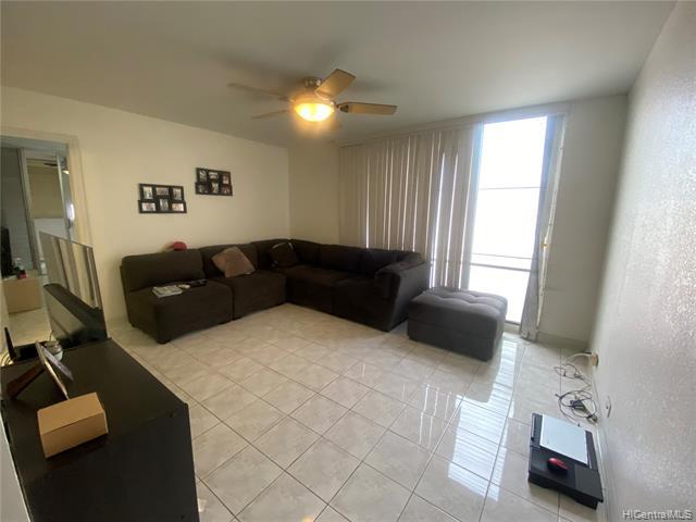 Photo of home for sale at 620 Sheridan Street, Honolulu HI