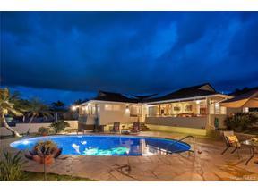 Property for sale at 124 Kalalau Street, Honolulu,  Hawaii 96825