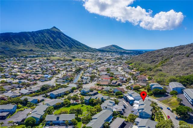 Photo of home for sale at 1101 Wainiha Street, Honolulu HI