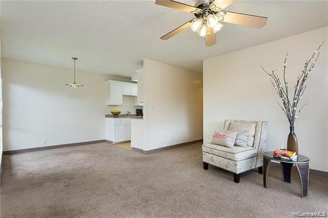 Photo of home for sale at 94-1378 Kulewa Loop, Waipahu HI