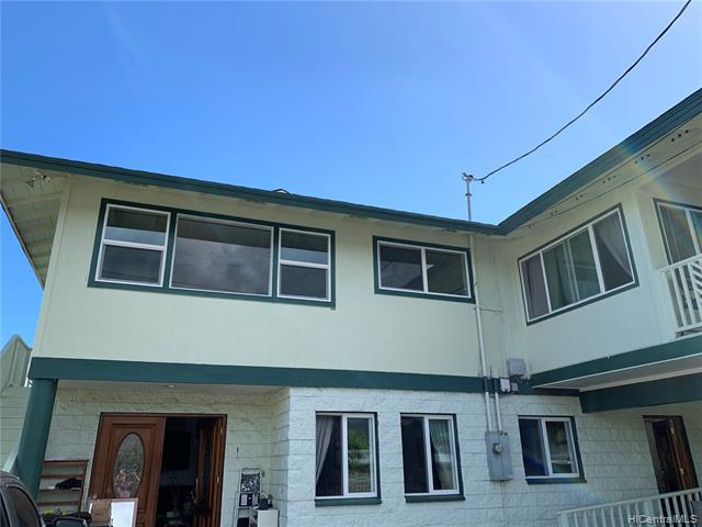 Photo of home for sale at 610 Oneawa Street, Kailua HI