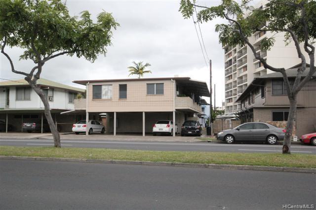 Photo of home for sale at 738 University Avenue, Honolulu HI
