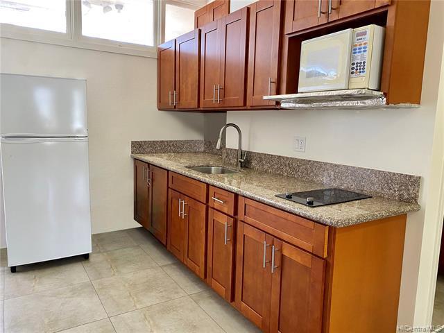 Photo of home for sale at 1325 SCHOOL Street N, Honolulu HI