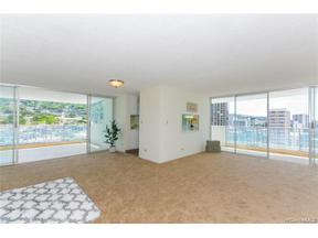 Property for sale at 1130 Wilder Avenue Unit: 1102, Honolulu,  Hawaii 96822