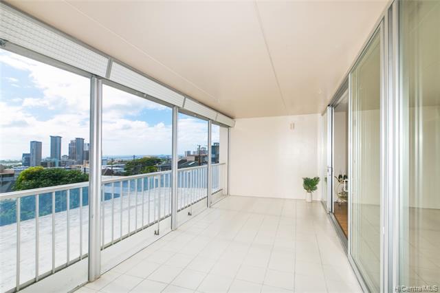Photo of home for sale at 1520 Ward Avenue, Honolulu HI