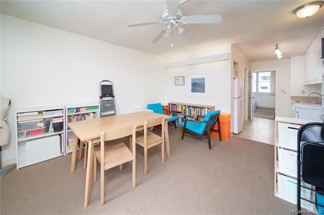 Photo of home for sale at 1550 Rycroft Street, Honolulu HI