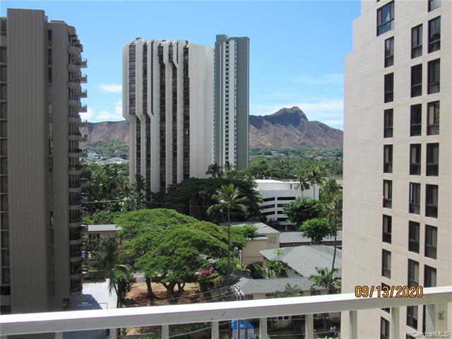 Photo of home for sale at 303 Liliuokalani Avenue, Honolulu HI
