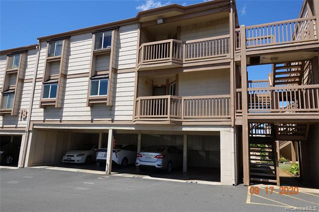 Photo of home for sale at 98-943 Moanalua Road, Aiea HI