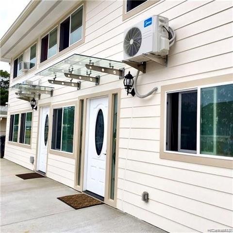 Photo of home for sale at 3415 Kanaina Avenue, Honolulu HI
