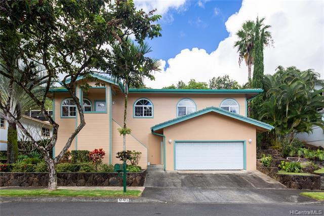 Photo of home for sale at 47-471 Hui Kelu Street, Kaneohe HI